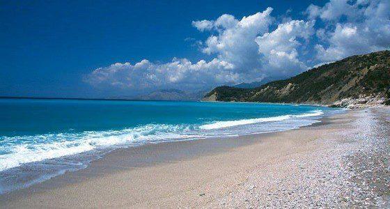 Spiaggia di Lukova , tra le più belle dell'Albania